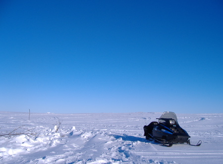 Jigging snowmobile