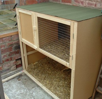Two-storey rabbit hutch